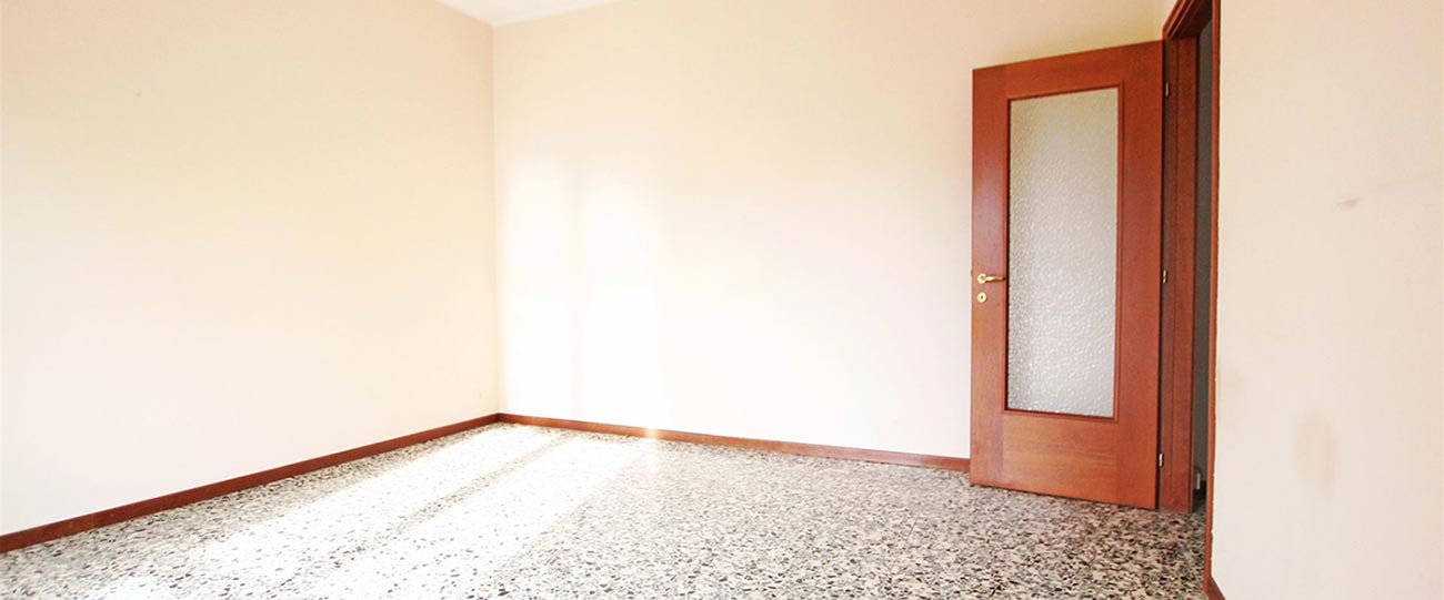 3 locali ben tenuto a Novara