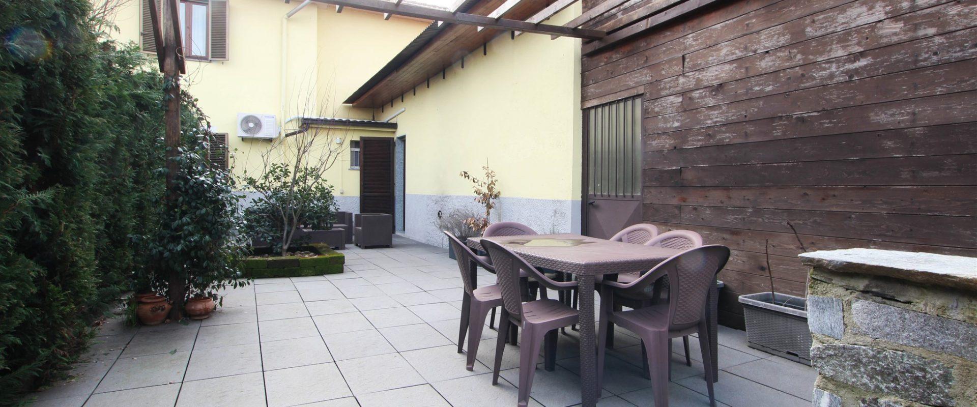 Villa indipendente a Novara