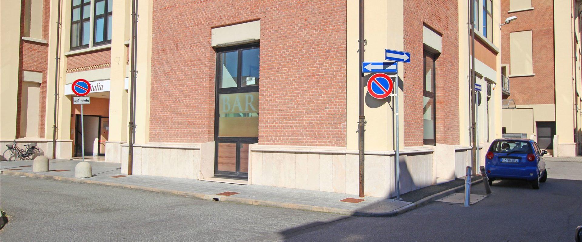 Negozio/ufficio di 128 mq a Novara