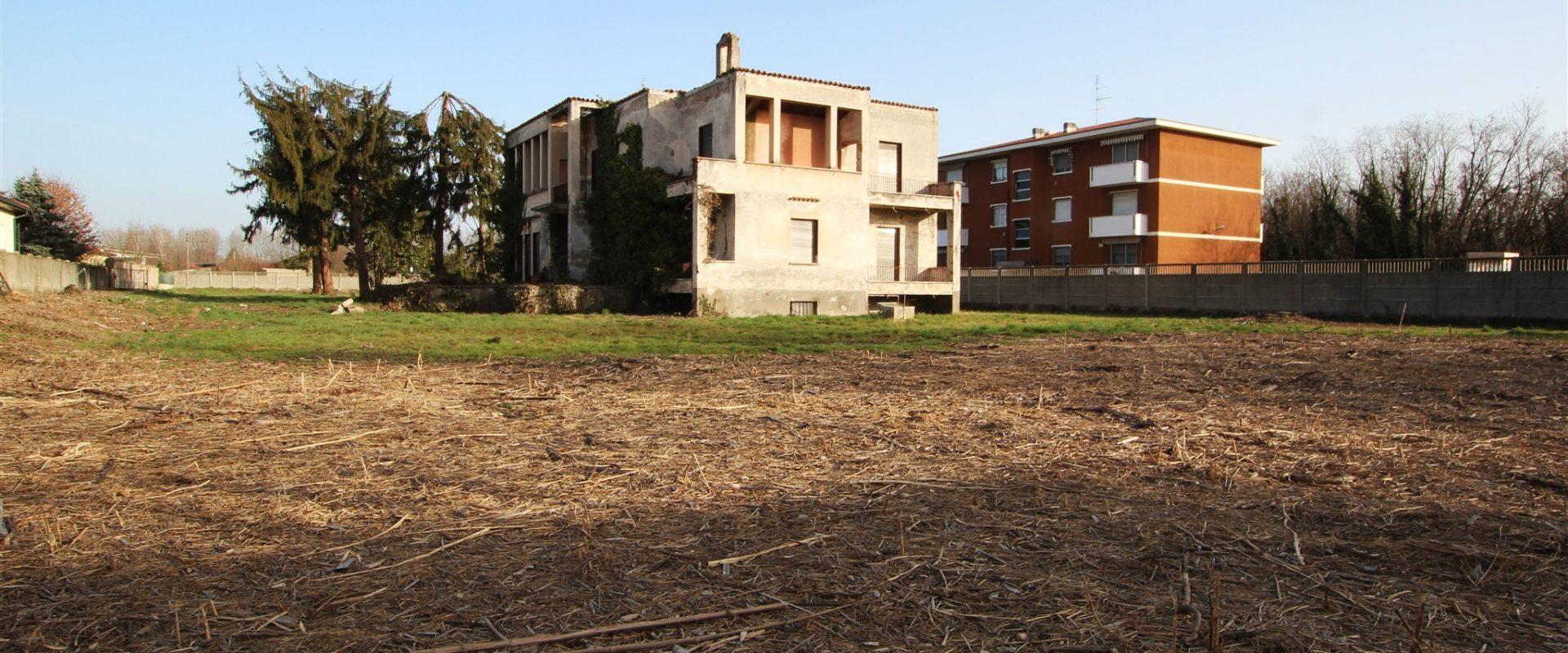 Terreno edificabile a Castano Primo